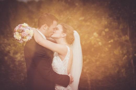 Brautpaarbild mit Lichteffekt