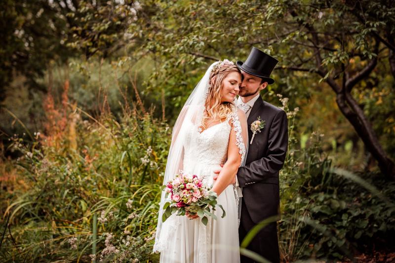 Brautpaar am Schloss Broich